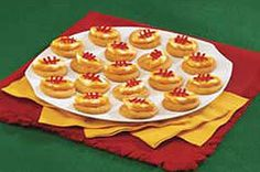 Bite-size snacks that your crowd will love. Football Snacks, Steelers Football, Pittsburgh Steelers, Kraft Recipes, Kraft Foods, Appetizer Recipes, Appetizers, Bite Size Snacks, Recipe Search