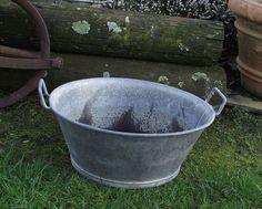 Ancien grand baquet bassine baignoire circulaire ronde galvanisé zinc tole metal in Art, antiquités, Architecture, matériaux, Jardin, extérieur, ferronnerie | eBay