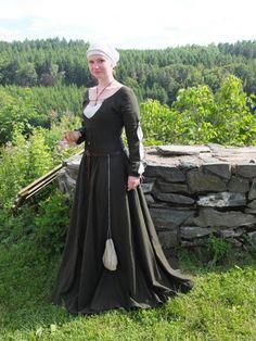 Housebook dress, selfmade. Germany, late 15th century