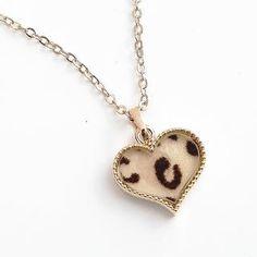 BAIMOMO  Leopard-Print Heart Necklace