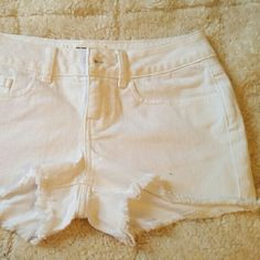 """VS Pink CUT-OFF DENIM SHORTS Brand new,  never worn!  Cute jean short shorts are a must-have staple for every PINK girl. Only by Victoria?s Secret PINK.  Relaxed fit    Raw edge hem 2"""" inseam Five pocket detailing Imported cotton/spandex. PINK Victoria's Secret Shorts Jean Shorts"""