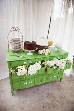 Jessica & Nic's Vintage Backyard Wedding - A Lovely Thyme