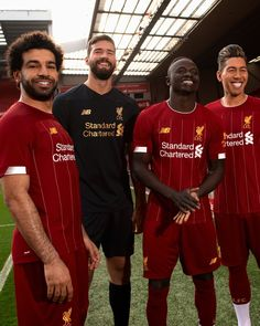 New Balance Liverpool Home Kit Liverpool Fc Shirt, Liverpool Goals, Camisa Liverpool, Liverpool Kit, Anfield Liverpool, Liverpool Champions, Salah Liverpool, Liverpool Players, Men Styles