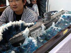 U-boat Submarine Typ VIIC Scale Model Diorama, impressive water effects. Scale Model Ships, Scale Models, One Piece Figuras, Model Warships, Model Hobbies, Military Modelling, Military Diorama, Model Airplanes, Model Building