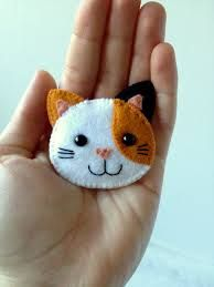 felt cat brooch - Google Search