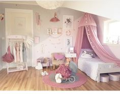 Teen Girl Bedrooms - An exciting to breath taking pool of bedroom decor help. For extra enjoyable teenage girl bedroom decor information why not check out the link to read the pin suggestion 2653880706 at once. Unicorn Bedroom, Baby Bedroom, Girls Bedroom, Trendy Bedroom, Teenage Girl Bedrooms, Little Girl Rooms, Teen Room Decor, Bedroom Decor, Baby Decor