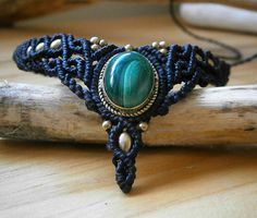Macrame choker with Malachite. Malachite necklace. Boho macrame choker. Tribal hippie necklace. Fairy macrame jewelry. Festival boho choker de Samsaricreations en Etsy