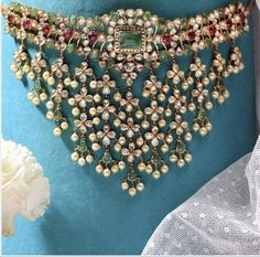 Jewelry Design Earrings, Pearl Jewelry, Wedding Jewelry, Diamond Jewelry, India Jewelry, Mughal Jewelry, Thread Jewellery, Jewelry Patterns, Bridesmaids Charms