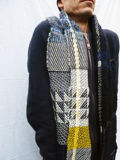 Handwoven scarf - Ilse Acke
