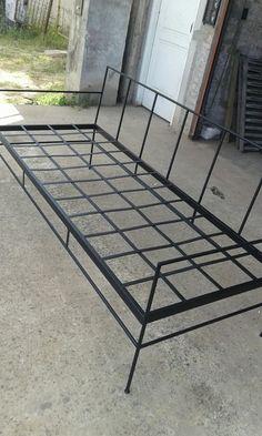 Metal Sofa, Metal Furniture, Furniture Design, Corner Couch, Black Metal, Tile Floor, Chairs, Rooms, Metal Cafe Chairs