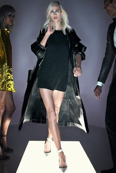Tom Ford: Spring 2016 Ready-to-Wear collection