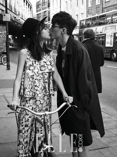 Yoon Seung Ah and Kim Moo Yeol pre-wedding photoshoot in London by ELLE KOREA