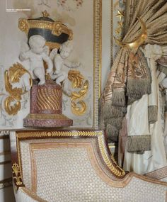 Boiserie.  Les freres Rousseau. Cabinet turc de Marie-Antoinette. (With 19th- century decorations/refurbishments added recently.