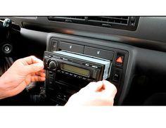 Hier findest du Produkte in Verbindung mit Autoradio Einbau. Ablagefach, Adapter & Stecker, Anschlusskabel, AUX-Kabel, Entriegelungsschlüssel, Entstörfilter, Radio-Adapter-Kabel, Radioblenden- und Sets, Radio-Ersatzkabel und Werkzeug-Sets. http://www.wm-outlet-store.de/Autoradio-Einbau:::1.html