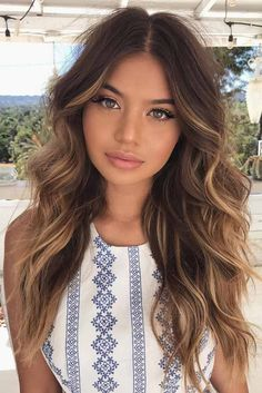 Ways to Liven Up Your Long Hair Cut ★ See more: http://glaminati.com/long-hair-cut-ideas/