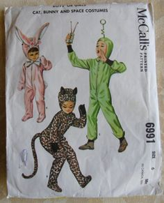 Vintage 1963 Halloween Costume Pattern - Space man!
