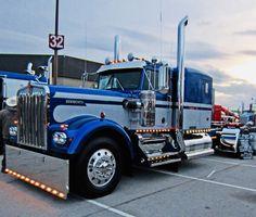 Big Rig Trucks, Semi Trucks, Old Trucks, Jessi Combs, Bug Boy, Peterbilt Trucks, Heavy Truck, Classic Trucks, Custom Trucks