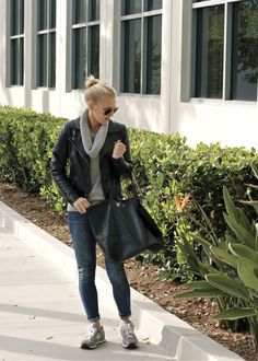 outfit with New Balances, leather jacket and cashmere sweater
