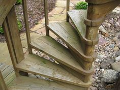 Best Wooden Outdoor Circular Staircase Outdoor Spiral Stairs 400 x 300