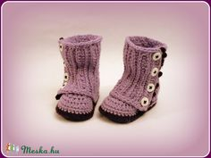 """Lilla"" horgolt baba csizma (avonlea0) - Meska.hu Baba, Baby Booties, Crochet Baby, Booty, Swag, Crochet For Baby"