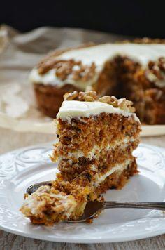 Kuchnia w zieleni: Tort marchewkowy z kremem kokosowym