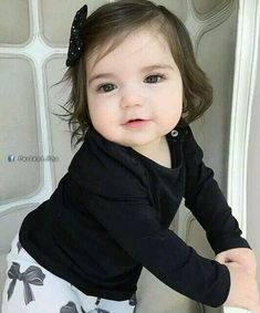 Boyfriend to the amazing Becky G and father to the most beautiful little girl, Stella. Singer and performer. Cute Baby Girl Images, Cute Baby Pictures, Baby Photos, Cute Babies Photography, Newborn Baby Photography, Cute Little Baby, Little Babies, Beautiful Children, Beautiful Babies