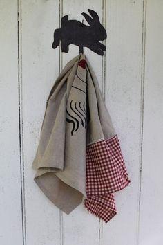 Vintage Metal Rabbit Primitive Hook Hanger // Country by MyBarn