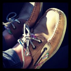 Sperrys :) want a pair sooooooo bad Dream Shoes, Crazy Shoes, Sock Shoes, Cute Shoes, Preppy Style, My Style, Sperrys Women, Ugg Boots Cheap, Most Comfortable Shoes