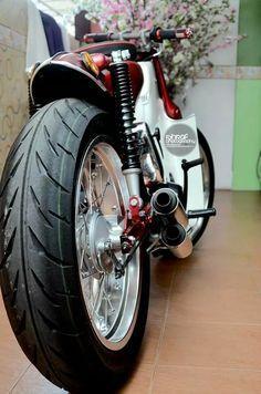 #cub #streetcub Honda Motorcycles, Custom Motorcycles, Custom Bikes, Buell Cafe Racer, Cafe Racer Moto, Chappy Yamaha, Honda 90, Estilo Cafe Racer, Vespa Scooter