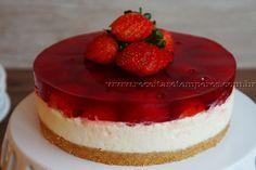Cheesecake de gelatina com morango