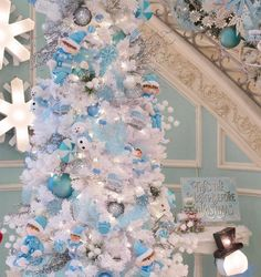 f26cdbe0d 301 Best Frosty Blue Christmas images in 2019 | Blue Christmas, Blue ...