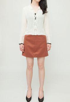 Online Fashion Boutique, Fashion Online, Mini Skirts, Women, Style, Swag, Mini Skirt, Outfits, Woman