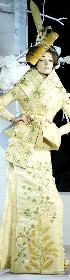 Ꮳɧɽ¡ʂʈ¡ɑɲ Ꭰ¡Ꭷɽ ♔ Ḩaųʈҽ Ꮳoųʈųɽҽ Spring 2007 John Galliano, Galliano Dior, Christian Dior, Dior Couture, Haute Couture Fashion, Geisha, Oriental Dress, Vintage Dior, Dior Fashion