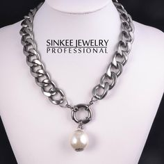 2016 New Fashion Charm Pearl Choker Necklace For Women Gold  Silver Plated Pearl  Jewelry Xl471-in Choker Necklaces from Jewelry   Accessories on ... dcc0573c607b