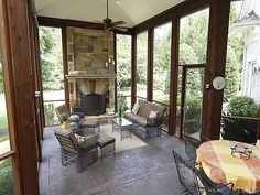 love the screened in room (great for those of us that live in the bug-filled south in the spring/summer!).