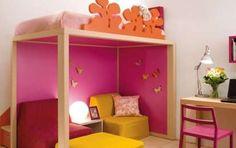 Camerette bambini salvaspazio - Cameretta colorata con letto a soppalco