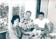 "Original Pinner, ""My grandmother, John Wayne (the Duke), and his son Patrick in Hawaii during the filming of the 1963 film 'Donovan's Reef' John Wayne, Patrick Wayne, I Movie, Movie Stars, Hollywood Men, Vintage Hollywood, Wayne Family, Celebrity Children, Celebrity"