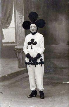 I costumi di Halloween fino agli anni '50 fanno davvero paura - Dailybest