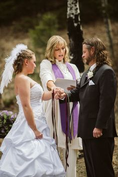 Colorado Mountain Wedding Photos | Sarah + Milo - Carrie Swails Wiccan Wedding, Carrie, Carry On, Wedding Ceremony, Colorado, Wedding Photos, Wedding Inspiration, Flower Girl Dresses, Mountain