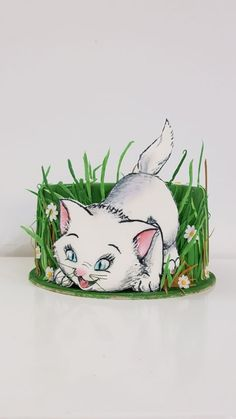 Kitty in the grass cake by iratorte Buttercream Cake, Fondant Cakes, Cupcake Cakes, Pretty Cakes, Cute Cakes, Bolo Fashionista, Grass Cake, Baby Girl Cakes, Cake Girls