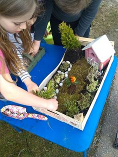 Bastelblog mit DIY Anleitungen für Kinder und Erwachsene Picnic Blanket, Outdoor Blanket, My Fairy Garden, Indoor Garden, Outdoor Living, Diy And Crafts, Kids, Diy Blog, Homeschooling