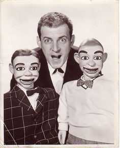 Paul Winchell and his pals Jerry Mahoney & Knucklehead Smiff. My favorites! Madame Alexander, Paul Winchell, Mejores Series Tv, Old Shows, Vintage Tv, My Childhood Memories, Comedy Movies, Classic Tv, The Good Old Days