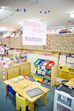 Bakery in the dramatic play station.
