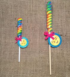 Take your party to the next level with this super cute Trolls Lollipop Twist. This lollipop is the perfect addition to any treat table or works as an excellent party favor. Your little one will love this sweet treat featuring their favorite character! The lollipops are available in