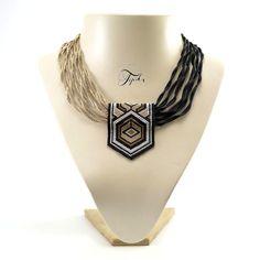Art Deco Necklace, Seed Bead Necklace, Seed Bead Jewelry, Diy Necklace, Beaded Jewelry Designs, Tribal Jewelry, Handmade Jewelry, Beaded Bracelet Patterns, Jewelry Patterns