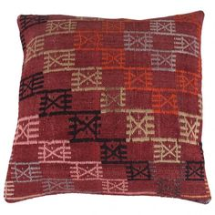 Our authentic Kilim cushions are handwoven and dyed with natural dyes. They are all unique and often have geometric patterns. A Kilim is an original carpet from the Middle-East that was used for having visitors or for praying. Kilim Cushions, Throw Pillows, Vintage Market, At Home Store, Hand Weaving, Objects, Carpet, Plaid, Geometric Patterns