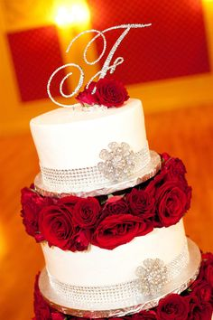 Red and silver wedding cake #stlouis #wedding