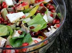 salad with pomegranate Thai Recipes, Fruit Recipes, Vegetarian Recipes, Cooking Recipes, Healthy Recipes, Food Design, Ensalada Thai, Fitness Inspiration, Meal Planning