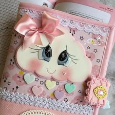 Foam Crafts, Diy Crafts, Cute Notebooks, Mini Quilts, Baby Shower, Scrapbook, Creative, Projects, Instagram