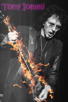 #HBD #HappyBirthday 19 de Febrero de 1948 nació @TonyIommi en Aston, Birmingham, Reino Unido. Es el guitarrista principal del grupo de heavy metal Black Sabbath y  Heaven and Hell. Es considerado unos de los guitarristas más influyentes en la historia del hard rock, y el padre de muchos de los riffs utilizados en el rock, hard rock y el heavy metal. Tony aparece en el puesto número uno de los mejores guitarristas de la historia, en la revista Guitar World2 y n° 86 en la revista Rolling…